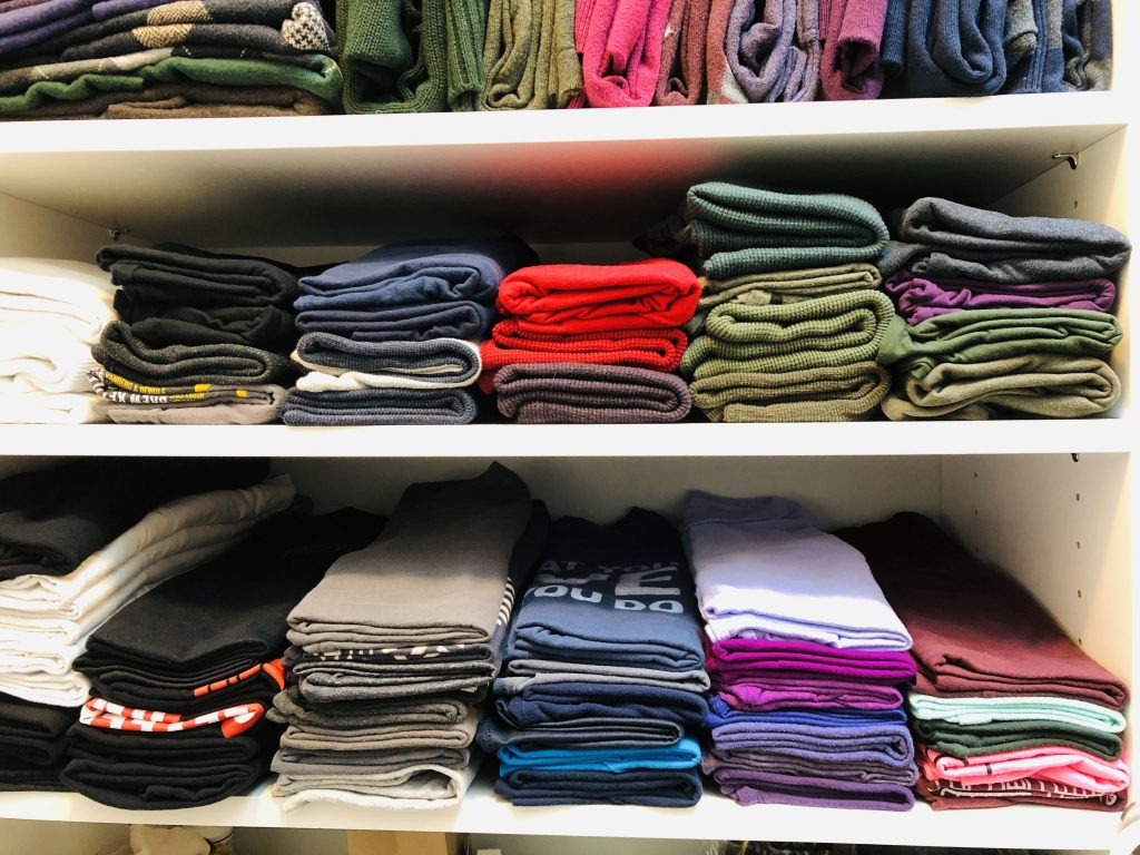 T-shirt shelves